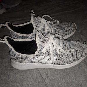 Adidas Cloadfoam EUC